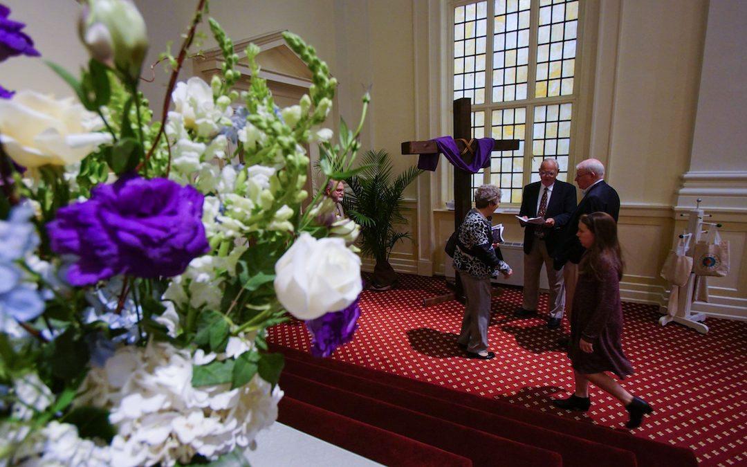 Donate Worship Flowers